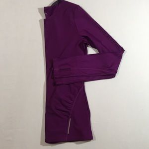 Athleta Plum Long Sleeve Ruched Athletic Top
